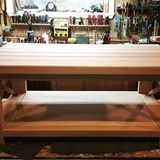 Oak is not easy to work with, but kudos to Dan Fournier (@huntergathbyfournier) for creating a beautiful #coffeetable out of it! | Do you want to be better at #woodworking? Be sure to visit our website (link in bio)