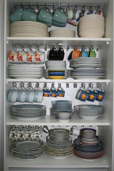 kitchen storage ideas, tableware storage ideas, storage solution or kitchen – organization Kitchen Room Design, Kitchen Cabinet Design, Home Decor Kitchen, Interior Design Kitchen, Kitchen Furniture, Eclectic Kitchen, Table Furniture, Furniture Design, Interior Decorating