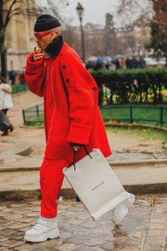 I look più originali e le nuove tendenze di street style direttamente dalla Paris Fashion Week Uomo Autunno Inverno 2018 2019