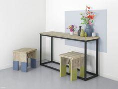 Beistelltisch mit Bauholz und Stahl  perfecte für Ihr Zuhause. Kaufen Sie ihn jetzt nur bei uns!    Wohnideen | Einrichtungsideen | Einrichten | Wohnzimmer | Stahl | Bauholz
