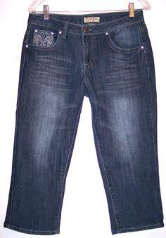 Earl Jeans 8 Bling Rhinestone Flap Pockets Stretch Denim Capris Women's Size 8 #EarlJean #CapriCropped