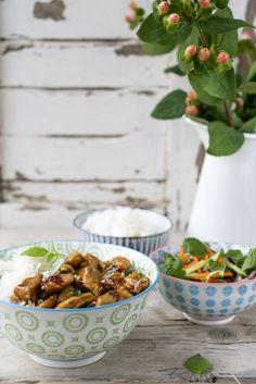 Een smaakbommetje van kip met Thaise basilicum