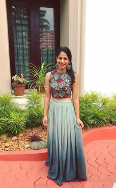 Pinterest • @bhavi91 Indian Designer Outfits, Indian Outfits, Designer Dresses, Lovely Dresses, Beautiful Outfits, Lehenga Crop Top, Indian Skirt, Lehnga Dress, Indian Gowns Dresses