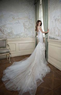 All Hail Berta Bridal's Breathtaking Fall 2015 Collection | weddingsonline