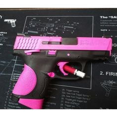 Hogue Pink S&W M&PC 9mm w/Thumb Safety