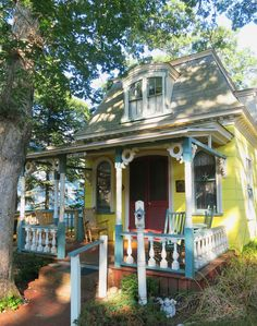 Charming cottage in the Martha's Vineyard Camp Meeting Association