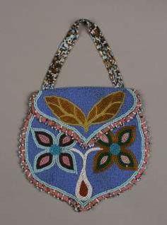Antique Native American Indian Beaded Bag / Great Plains Plateau Souix