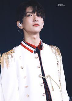 He's an angel Jisoo Seventeen, Joshua Seventeen, Seventeen Album, Woozi, Wonwoo, Jeonghan, Joshua Hong, Joshua 1, Year Of The Tiger
