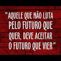 A Kika decidiu lutar pelo futuro dela! E com 15 anos é a mais impactante revelação do universo musical português de 2013... Mais um caso de um futuro brilhante... PORTUGUÊS! Let's Go Portugal! http://www.youtube.com/watch?v=t5koqa0kr3w