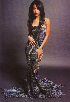 Photo of From 'Wax Poetics' magazine 2014 ♥ for fans of Aaliyah 37443510 Rip Aaliyah, Aaliyah Style, Aaliyah Outfits, Christina Aguilera, Hip Hop Fashion, 90s Fashion, Beautiful Black Women, Beautiful People, Beautiful Ladies
