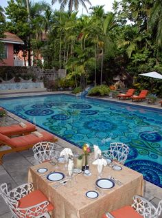 Sip a drink by the pool at the Graycliff.