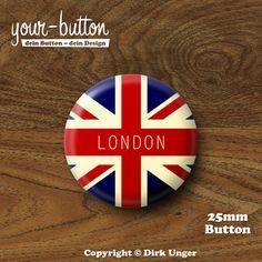 Button »London Flag«  1 Button, Button-Größe: 25 mm (1 Inch)  Unsere Buttons werden von Hand hergestellt und mit viel Liebe zum Detail verarbeitet und verschickt.  In unserem Shop findest du übrigens noch viele weitere tolle Buttons mit London-Motiven, schau doch mal rein!