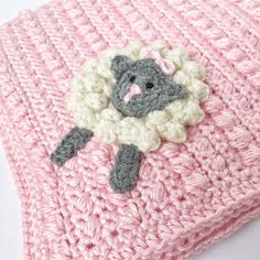 This roundup of crochet baby blankets is a feast for the eyes! Do you need a baby shower present? Crochet Sheep, Crochet Afgans, Easter Crochet, Cute Crochet, Crochet Animals, Crotchet, Crochet Security Blanket, Crochet Baby Blanket Beginner, Afghan Crochet Patterns