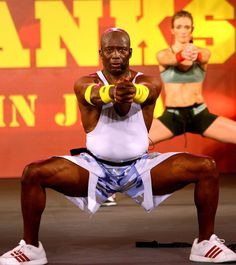 Billy Blanks of Tae Bo. Fun Workouts, At Home Workouts, Tae Bo Workout, Routine, Bra Video, Funny Pictures With Captions, Top Celebrities, Sport Body, Sport Motivation