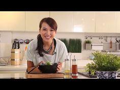 日日煮烹飪短片 - 洋蔥南瓜燴雞柳 Stir-Fry Chicken with Pumpkin - YouTube