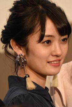 """映画「咲-Saki-」咲良菜緒が""""最初""""の膝枕に感激、中山莉子は顔が前に出ていた可能性あり"""