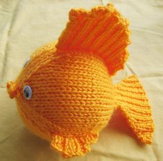 Free knitting pattern for goldfish and more sea creature knitting patterns