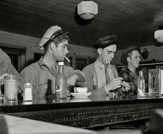 """Truck drivers at a highway coffee stop on U. Highway Making time for a cuppa joe. Medium format negative by John Vachon for the Office of War. Old Photos, Vintage Photos, Coffee And Cigarettes, Out To Lunch, Old Trucks, Semi Trucks, High Resolution Photos, Make Time, Back In The Day"