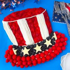 Hungry Happenings: 4th of July Fruit Pizza decorated like Uncle Sam's Hat
