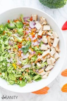 This broccoli confetti salad will jazz up your boring lunch routine! It is simple to make with fresh veggies and grilled chicken. Clean Eating Salads, Clean Eating Dinner, Clean Eating Recipes, Healthy Eating, Healthy Cookie Recipes, Healthy Salad Recipes, Healthy Baked Chicken, Grilled Chicken, Healthy Low Calorie Meals
