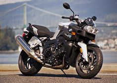 BMW K1200R. The best and the beast!!