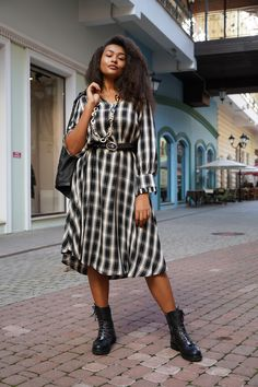 Total Look By Mat. fashion Real Size Plus Size Fashion #matfashion #matfashionistas #matstyle #therealyou #realsize #realwomen #loveyourcurves #bodypositive #bodypositiveinfluencer #bodypositivity #collection #fashion #stylebeyondsize #curvyfashion #russianblogger #russianfashionistas #weloverussia Mat Fashion, Curvy Fashion, Plus Size Fashion, Real Women, Russia, Curves, Dresses With Sleeves, Long Sleeve, Collection