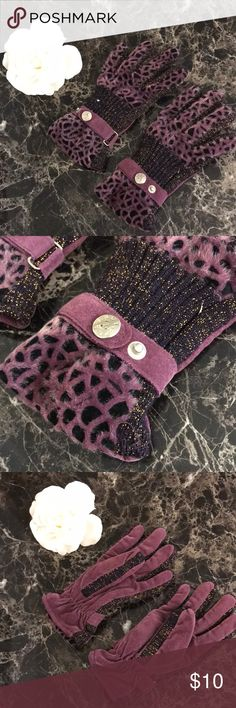 Gorgeous Leopard Gloves Sparkly gorgeous gloves in purple leopard pattern. In great condition. Accessories Gloves & Mittens