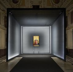 set within milan's palazzo marino, the exhibition aims to adapt and guide the eye and mind towards the understanding of the structure and genesis of the masterpiece.