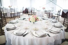 White Table Linen, Silver Charger Plate, Gray Napkin #hudsonvalleyweddings