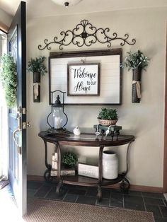 The rustic living room wall decor is certainly very eye-catching and stunning. Below is a collection of rustic living room wall decor. Rustic Apartment Decor, Apartment Entrance, Apartment Living, Decorate Apartment, Apartment Chic, Creation Deco, Sweet Home, House Design, Garden Design