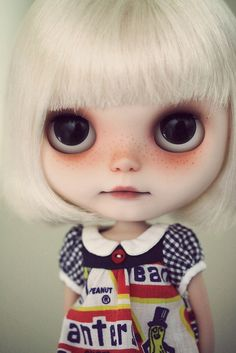 blythe - love the face Toy Art, Ooak Dolls, Blythe Dolls, Little Doll, Little Girls, Barbie, Valley Of The Dolls, Creepy Dolls, Hello Dolly