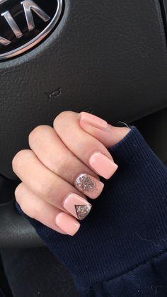 Peach/coral gel nails ❤️
