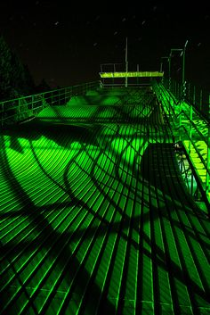 Dna slide an envy iii dark green aesthetic, green ve aesthet Dark Green Aesthetic, Rainbow Aesthetic, Aesthetic Colors, Aesthetic Pictures, Green Theme, Green Colors, Slytherin Aesthetic, Green Photo, Neon