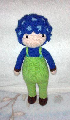 Hydrangea Hank flower doll made by Daniella P - crochet pattern by Zabbez