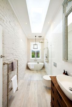 Long Narrow Bathroom Layout – Drawing the layout is very important before building or renovating your home living. It is even each room must be planned at. Small Narrow Bathroom, Small Elegant Bathroom, Narrow Bedroom, Minimal Bathroom, Beautiful Bathrooms, Ideas Baños, Decor Ideas, Decorating Ideas, Boho Ideas