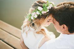 vanessa ferreira fotografia de amor, sessão de fotos noivos, ensaio fotografico casal ao ar livre são paulo, book noivos, noiva, coroa de flores na noiva, sessão de fotos com amor noivos, casal apaixonado fotos são paulo 6