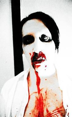 """Marilyn Manson """"You wanted perfect, you got your perfect. Brian Warner, Rock Y Metal, Charles Manson, Arte Horror, Cool Bands, Rock N Roll, Heavy Metal, Melting Pot, God"""