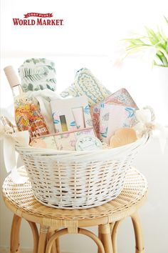 It's never too late to buy a gift for your mom and show your appreciation. #worldmarket #giftsformom Spa Day At Home, Home Spa, Spa Gifts, Food Gifts, Mothers Day Spa, Gifts For Your Mom, World Market, Gift Baskets, Bassinet