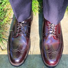 tichoblancoshoes Sun and shadows  #Alden #color8 #shellcordovan #longwing #wingtip #aldenarmy #aldenshoes #wingtips #shoes #shoeporn #shoegazing #shoesoftheday #mensshoes #goodyearwelt #suitsupply #suit #suits #napoli #menswear #mensfashion #mensstyle #style #fashion #outfit #outfitoftheday #styleforum #ootd #wiwt 2017/05/04 08:07:13