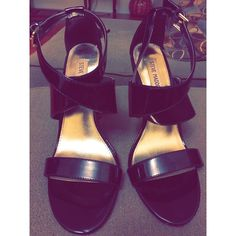 Steve Madden PATENT LEATHER HEEL size 8 Patent leather Steve Madden criss cross heel! Super classy! Worn twice. See pic for scratch on back of heel. Not noticeable because it is on back. Other than that great condition! Steve Madden Shoes Heels