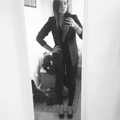 EXCLUSIVE: Armani Exchange Boyfriend Blazer Like new Armani Exchange blazer from 2013 Holiday collection. Single button, double faux pockets, fishtail back. Grey, tweed look to it. Size 2, I'm a size 4 or 6 in Amani Blazers so I got a 2 so it would be more fitted. Armani Exchange Jackets & Coats Blazers