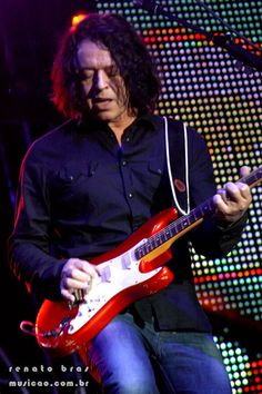 Image result for roland orzabal Roland Orzabal, Tears For Fears, New Wave, Arts, Hero, Music, People, Image, Inspiration