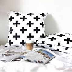 Black-White-Swiss-Cross-Monochrome-Scandinavian-Cushion-Cover-45cm-Brand-New
