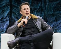 Tesla billionaire: We are ready to build respirators Elon Musk Tesla, Tesla Ceo, Elon Musk Biography, Elon Reeve Musk, Foto Doctor, Elon Musk Quotes, Houston, Johnny Depp, Entrepreneur
