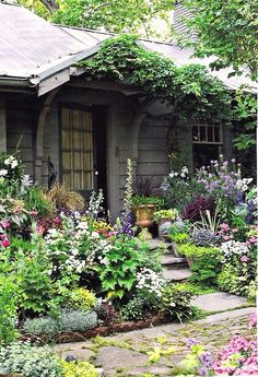 Wonderful Cottage Garden Design Ideas: Lavender Garden Cottage: Cottage Style Party & What I'm
