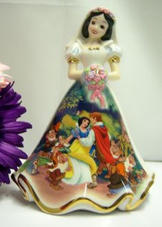 Happily Ever After Snow White Disney Bell Figurine Dresses and Dreams | eBay