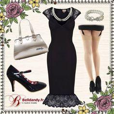 Le top du glamour et de la féminité avec cet ensemble robe crayon noire style vintage années 50 à la fois classique et originale avec sa bordure de dentelle. Accompagnée d'une paire d'escarpins vernis noir un sac d'une couleur beige doré assorti à la parure de bijoux en perles. Et pour terminer une petite paire de collants couture très vintage