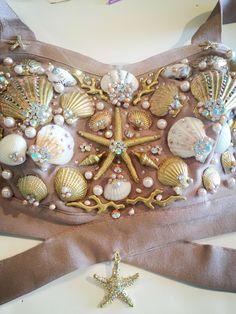 Mermaid Halloween costume - DIY seashell bra, mermaid top