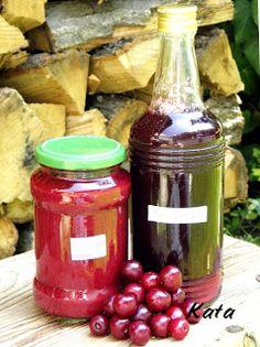KataKonyha: Meggylekvár és meggy ivólé, egy lépésben Hot Sauce Bottles, Food, Meals, Yemek, Eten