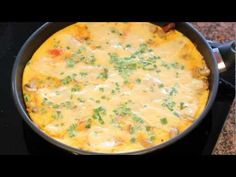 Omlet po włosku czyli frittata z boczkiem i warzywami. - YouTube New Recipes, Bread Recipes, Cheeseburger Chowder, Soup, Keto, Youtube, Haha, Yummy Recipes, Loaf Recipes